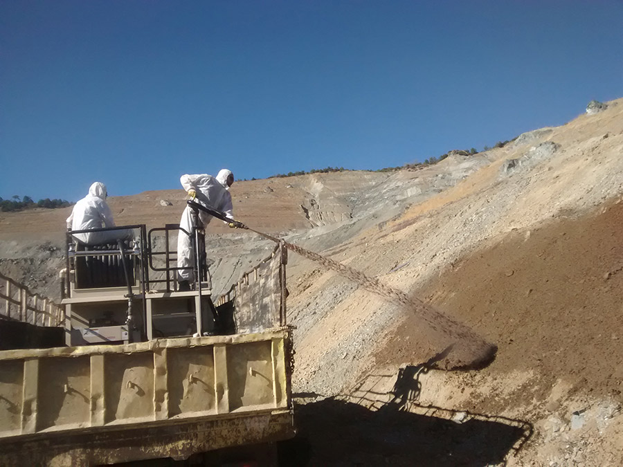 Hydro seeding for the year 2015 at the Asbestos mine